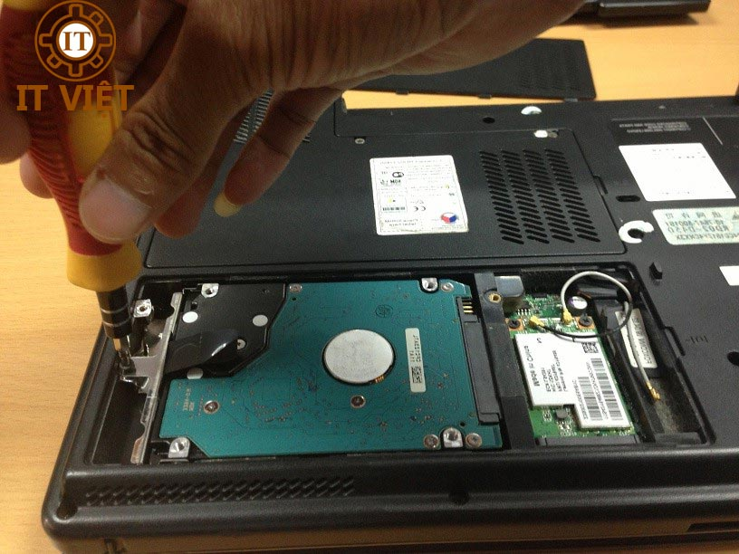 Sửa máy tính tại nhà quận tân bình - it việt